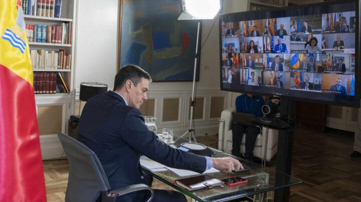 Presidentes autonómicos se enfrentan a Sánchez por la falta de equipos sanitarios
