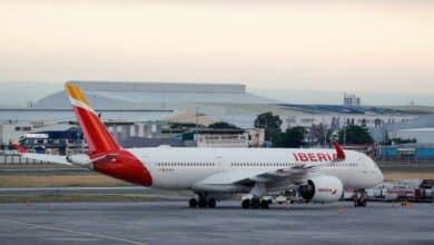 La dueña de Iberia y Vueling alerta de una crisis larga que la aviación no superará hasta 2023