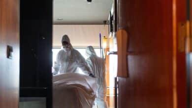 El número de fallecidos en España vuelve a crecer: 585 nuevas víctimas