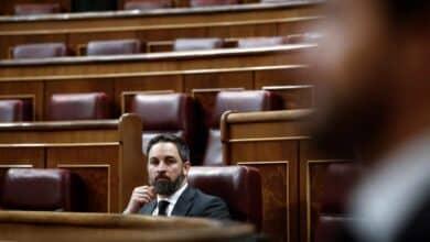 La imputación de Podemos da oxígeno a la moción de Vox y presiona a Casado