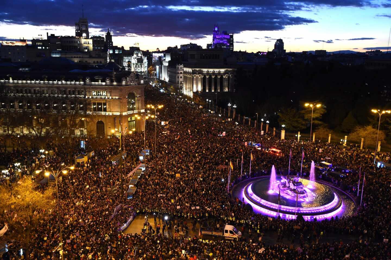 """La Comunidad de Madrid advirtió al Gobierno del """"riesgo inminente"""" antes del 8-M"""