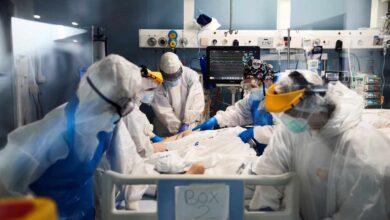 """Las médicos alertan del riesgo de """"colapso sanitario"""" a corto plazo"""