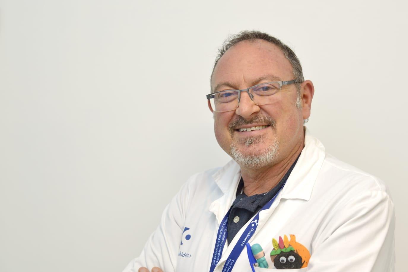 El doctor Jesús Sánchez Etxaniz, responsable de cuidados paliativos pediátricos del Hospital de Cruces.