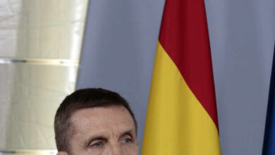 """El general de la Guardia Civil, ovacionado durante la rueda de prensa: """"No hay ideologías, somos un equipo"""""""