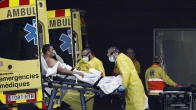 Sanidad confirma 551 muertes más en 24 horas pero ignora el último recuento de Cataluña