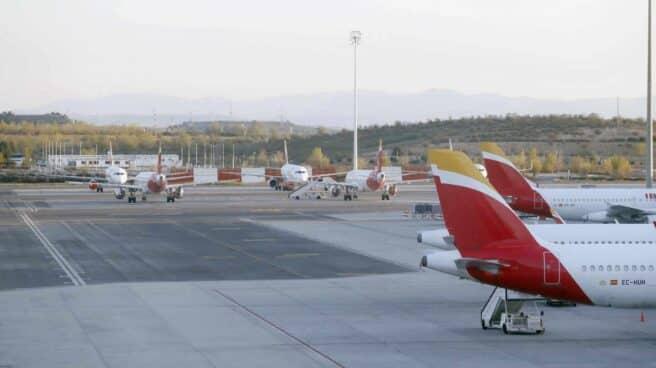 Aviones en el aeropuerto de Barajas.