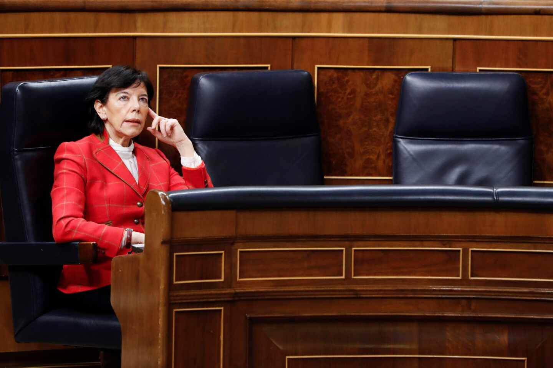 """Las autonomías cargan contra la """"dejación de funciones"""" del Gobierno para la vuelta al cole: """"Vamos muy tarde"""""""