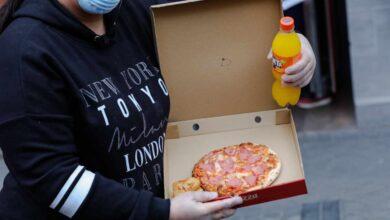 """Los nutricionistas, contra Ayuso: la comida rápida """"sí es un problema"""""""