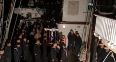 El buque-escuela 'Juan Sebastián Elcano' celebra la única procesión de Semana Santa en España de 2020