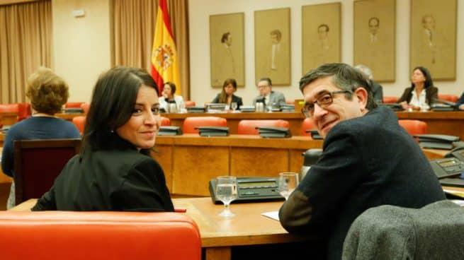 """Ciudadanos se perfila como la """"tercera vía"""" para presidir la comisión de reconstrucción"""