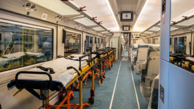 Así son los 'trenes-hospital' que prepara Renfe para trasladar pacientes entre CCAA
