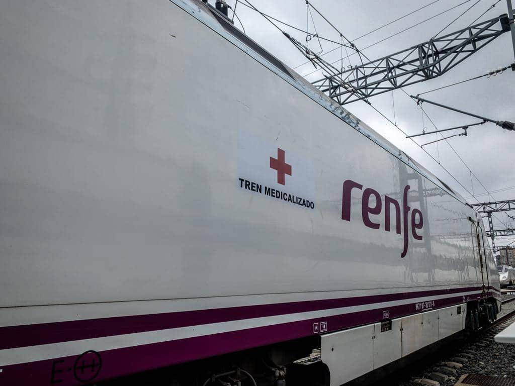 Tren medicalizado de Renfe para transportar enfermos de Covid-19.