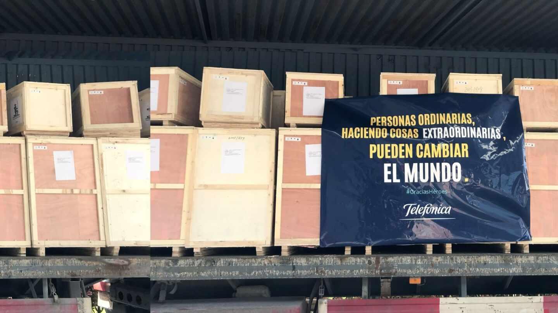 Equipamiento sanitario comprado por Telefónica contra el coronavirus.