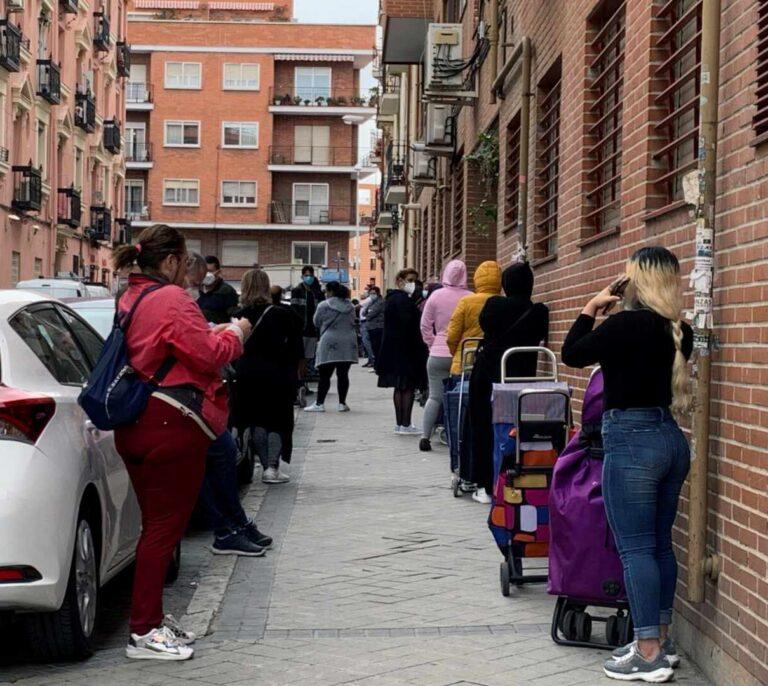 Técnicos de Hacienda y ONG ven un riesgo que los beneficiarios del ingreso mínimo no presenten la renta