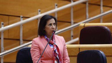 """Robles pide a ERC que reconozca la labor """"heroica"""" de los militares"""