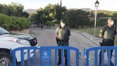 La Guardia Civil cierra la calle del chalet de Iglesias y Montero para evitar un escrache