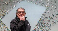 Muere el pintor Juan Genovés, autor de 'El abrazo' de la Transición