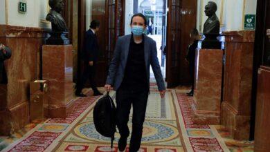 El juez apunta a que Pablo Iglesias pudo cometer dos delitos por el 'caso Dina'
