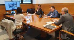 El consejero de Autogobierno, Josu Erkoreka, durante su reunión con la ministra Carolina Darias.