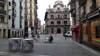 Navarra estudia medidas para frenar el Covid en Pamplona al dispararse los contagios