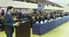 Interior da una semana a policías y guardias civiles para pactar el reparto de la equiparación salarial
