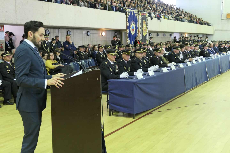 El secretario de Estado de Seguridad, Rafael Pérez, en la jura de la última promoción de inspectores del Cuerpo Nacional de Policía.