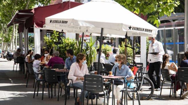 La terraza de L'Escampreru, en la calle Corazón de María de Madrid