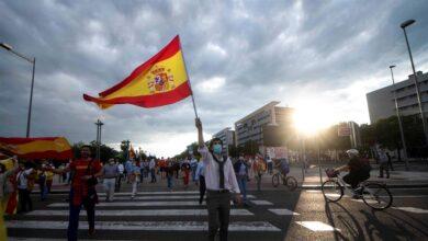 Las 'caceroladas' contra Sánchez se extienden desde Madrid a otras ciudades