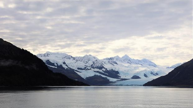 Amenaza de un gran tsunami en Alaska por deslizamientos de tierra