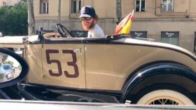 A la caravana de Vox...en un Ford A de 1931
