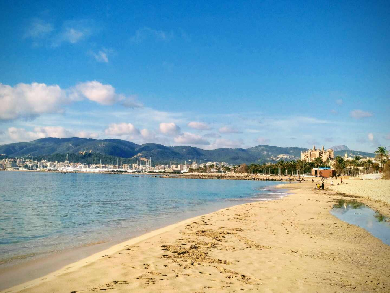 La playa de Can Pere Antoni en Palma de Mallorca.