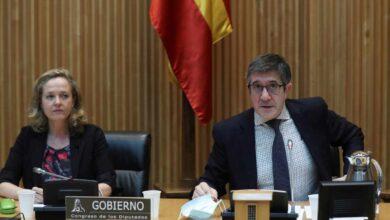 Nueva bronca en la comisión de Reconstrucción entre Patxi López, Vox y el diputado comunista Enrique Santiago