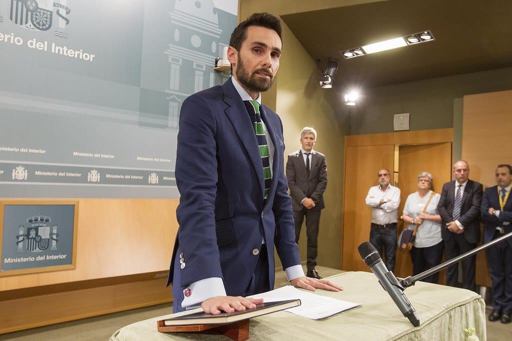 Rafael Pérez, jurando su cargo cuando fue nombrado director de gabinete del ministro del Interior.