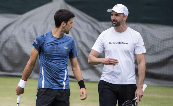 Goran Ivanisevic con Novak Djokovic en el último torneo de Wimbledon