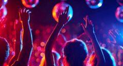 """""""Vemos la luz al final del túnel"""": las discotecas calientan para su reapertura en verano"""