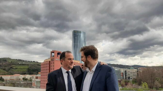El portavoz de Ciudadanos en Euskadi se pasa al PP para apoyar a Casado
