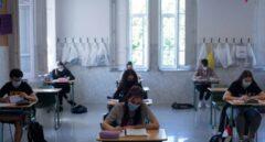 Alumnos se preparan para la EvAU