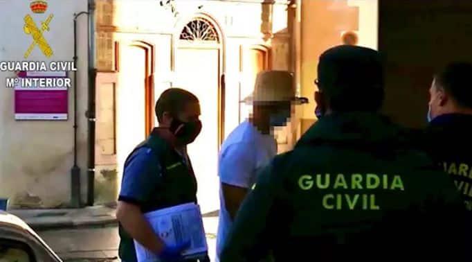 Muere una persona tras un ritual basado en inhalar vapores de veneno de sapo en Valencia