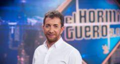 Las redes cargan contra Pablo Motos por criticar las medidas del Gobierno en los aeropuertos y por cuestionar a Simón