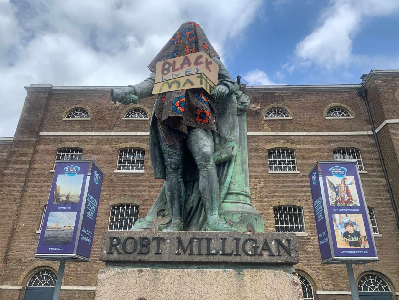 Estatua Robert Milligan