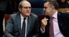 Malestar en el PSOE-M por el paso atrás del partido en las protestas contra Ayuso