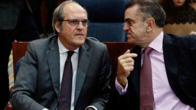 El PSOE apunta a una moción contra Ayuso en otoño para dar tiempo a Cs