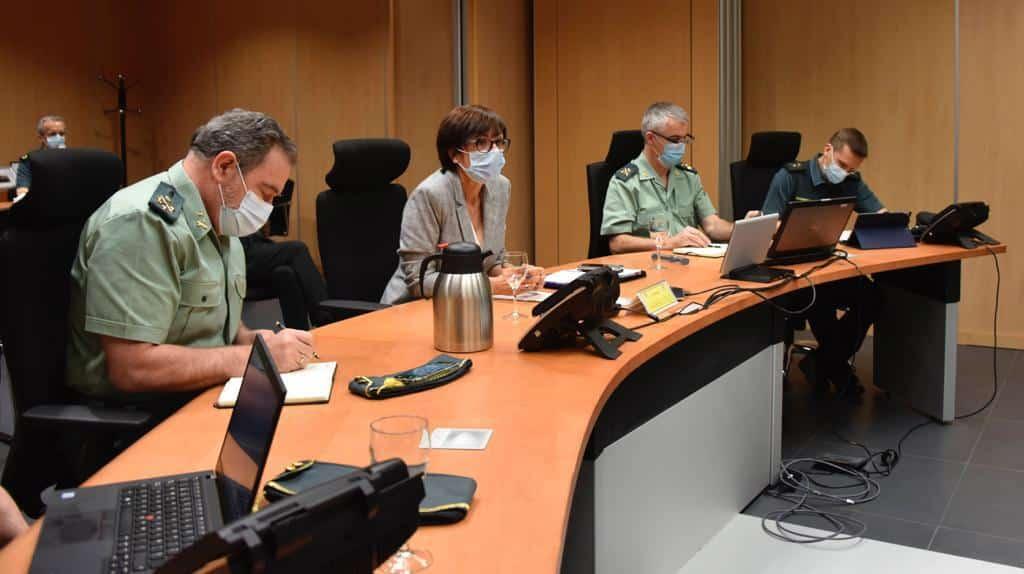 La directora general de la Guardia Civil, María Gámez, este lunes en una videoconferencia con las unidades territoriales.