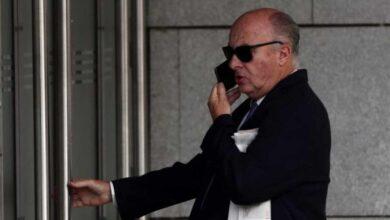 El juez interrumpe la declaración de los 'espiados' por Villarejo para recibir la vacuna