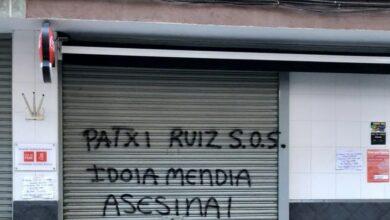 """Llaman """"asesina"""" a Mendia al agredir una sede del PSE diez días después de atacar su casa"""