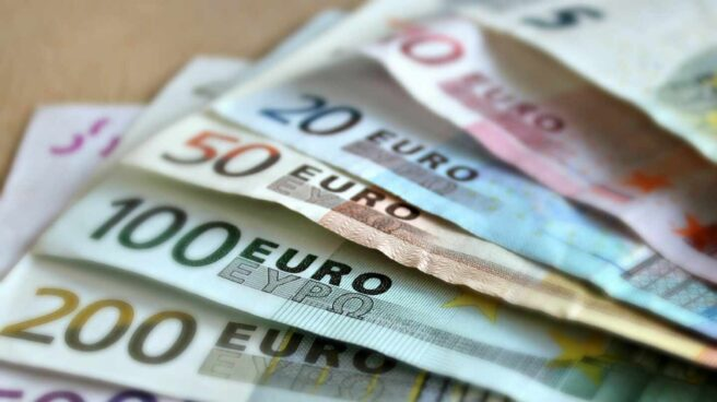 Billetes de distintas cantidades.