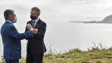 Urkullu y Revilla presiden la 'nueva normalidad' que desplazará a 43.000 vascos a Cantabria