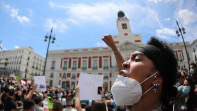 Miles de personas se manifiestan en España contra el racismo