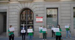 Las Escuelas de Idiomas de Madrid inician una huelga contra las pruebas presenciales