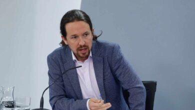 Iglesias defiende desde Moncloa la desmilitarización de la Guardia Civil
